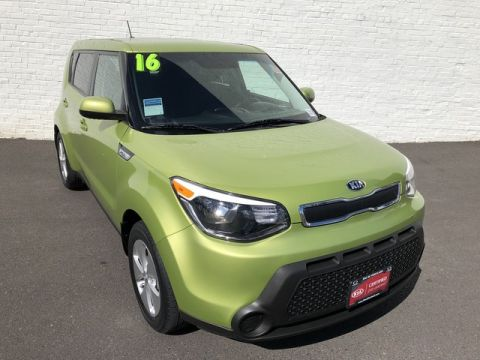 Certified Pre-Owned 2016 Kia Soul Base Front Wheel Drive Hatchback