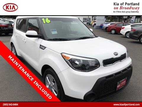 Certified Pre-Owned 2016 Kia Soul Base FWD Hatchback